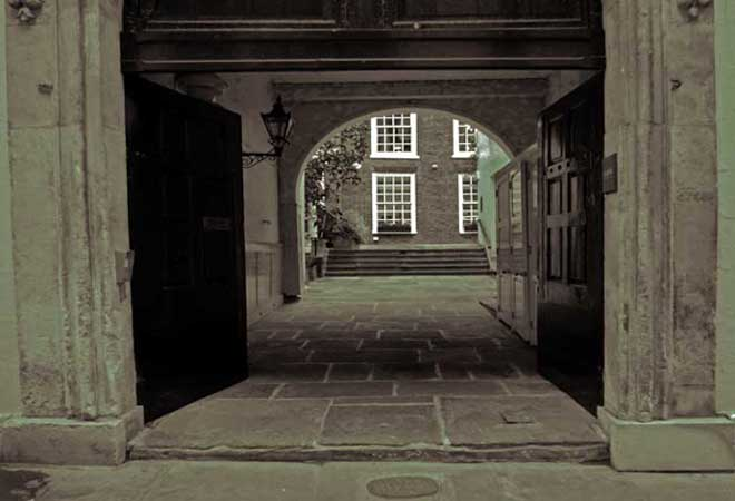 The City of London alleyway where the ghost of The Watcher lurks.